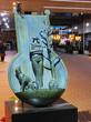 【銅像】 未来に行くものたちへ 吉田隆 神戸市中央区三宮町2-11