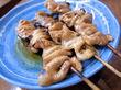 池袋「豊田屋 二号店」 シロたれが美味しい昭和チックなもつ焼き屋。