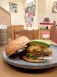 チリビーンズバーガー+アボカド/Cafe Downey JRゲートタワー店