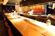 【渋谷】ライブ感溢れるフルオープンキッチンのカウンターは大人のデートにピッタリ!「食幹 渋谷」