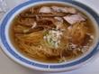 蕎麦屋さんで有名な中華そばをすする。 秋田県北秋田市「福士そば屋」