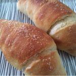 塩パン。モチモチの食感。