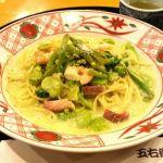 札幌市中央区の洋麺屋五右衛門 オーロラタウン。春のおすすめ、海老と空豆のクリームソースを注文。