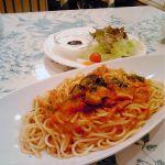 ローラアシュレイ ティールーム   パスタも美味しいよ〜にゃんにゃん(^O^☆♪