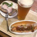 ブラッセルズビアプロジェクト DELTA IPA🍺 と ポークアスピック チリドッグ 今晩は豪華だぜィ♪ #ビア&カフェ #ベルク #Berg #新宿