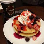タリーズコーヒー ベリーベリーミックスパンケーキ830円