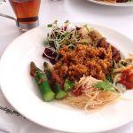 シンガポール・シーフード・リパブリック 銀座 でブッフェランチ。おいしい!レベル高い。気持ちい眺めとおいしい料理。いいねえ。チリクラブとラクサは格別。満足です。デートにうってつけ。