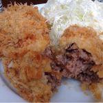 ランチはフリッツで、メンチカツ定食。切ってみると肉肉しさがたまりません。