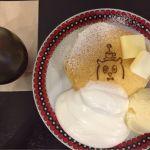 Cafe&zakka pollo 春のパンケーキ祭り最終回。バター、メイプルシロップ、生クリーム、バニラアイス。バターにメイプル、これが1番♡