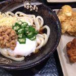 トッピングのイカ下足は食べ応えあり!唐揚げも人気(´ω`)麺はコシがあって美味しい~