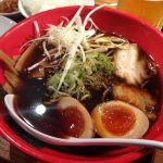 麺家 いろは CiC店 #ramen 富山ブラック味玉、いろは餃子 東京ラーメンショーでも人気だった同店。もちもちしたストレート中太麺、とろけるチャーシュー。見た目より濃すぎないのが好き