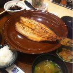 大戸屋 マイカル茨木店シマホッケ定食とバクダン小鉢ご飯は五穀米五穀米まず〜ぅ(>_<)バクダン小鉢はネバネバ系たっぷりで美味しい