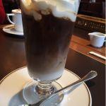 アイスカフェラテ+ホイップクリーム。メニュー名は忘れました(笑)@CAFE LANDTMANN