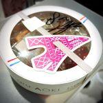 焼き菓子詰め合わせ。青木シェフのサイン入り(*´ω`*) ◇ パティスリー・サダハル・アオキ・パリ 新宿伊勢丹店