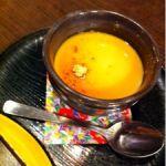 茶房ひまわり \(^o^)/ ほんとは違う店舗だよ☆ 美味くもない、不味くもない、うどん。 豆乳プリンが旨かった!