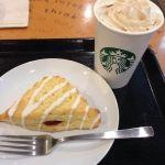 コーヒー&クリームラテとストロベリースコーン@スターバックス・コーヒー 秋葉原駅前店