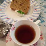 ローラアシュレイ ティールーム   今月は紅茶のシフォンケーキでございました。ヾ(@⌒ー⌒@)ノ