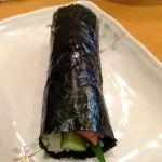 紀文寿司。巻き物は鮪と胡瓜。