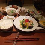 VEGE CHNA 南国酒家 新宿伊勢丹店ベジチャイナスタイルセットに紹興酒