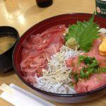 駿河丸 NEOPASA静岡店漁師丼1280円。今日は熱々のご飯の上に生臭い刺身...orz前回の方が旨かった