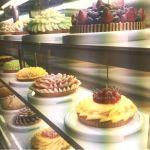 ベリー・カフェ 青山本店はフルーツパフェの造形も芸術的だから一回行きたいんですよね