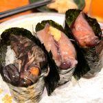 今回の一人旅は思いっきり石川の魚貝•寿司を食べる旅。金沢の回転寿司はスゴイと聞いて、もりもり寿し 金沢駅前店に。ホタルイカ3種盛り380円。生ホタルイカが一番美味い。