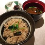 食事。鶏の炊き込みご飯。@なだ万茶寮 渋谷店