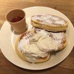 THE MONOCLE CAFE のパンケーキ。あまり甘くなくて、ちょうどよい感じ。