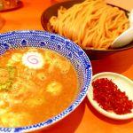 六厘舎 TOKYO。辛つけ麺(830円)大盛(100円)。んー。美味しいけどあんなに並ぶ程では無いかなぁ。美味しいよ。何回も行ってしまう。