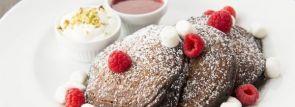 「サラベス」バレンタイン・スペシャルパンケーキ『チョコレート エクスプロージョン』