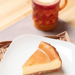 N.Y.ベイクドチーズケーキとカフェラテ