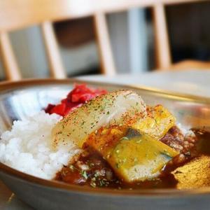 エディカレー (サラダ・スープ付)             750yen