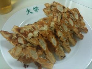味噌ダレで味わう「神戸餃子」の名店