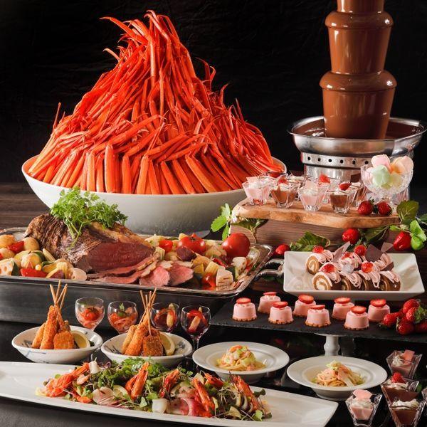 ウェスティン都ホテル『蟹といちごの紅福ビュッフェ』
