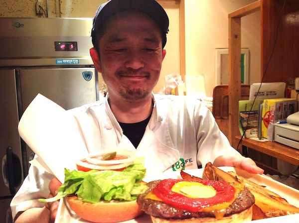 19都道府県64店舗目 名古屋8cafe hamburger
