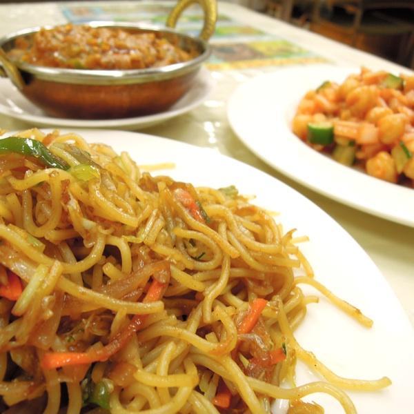 大月、ロードサイドのインド・ネパールレストラン
