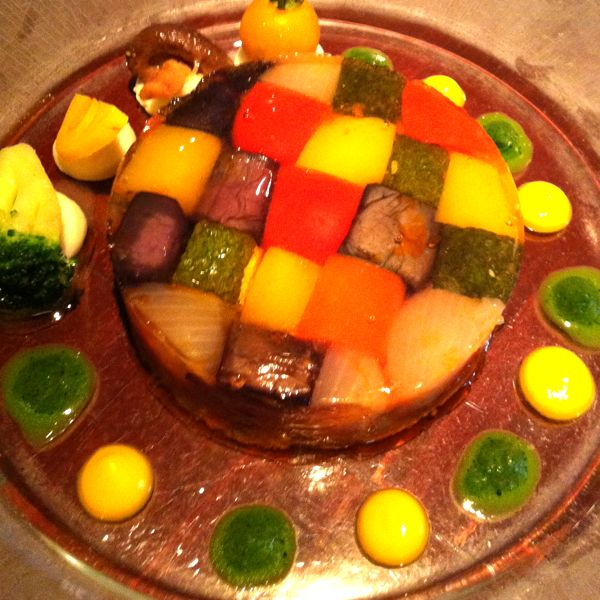 野菜を見て・食べて美味しくする盛り付け術に圧倒!