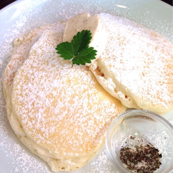 ふんわり白いパンケーキが美味しい サク カフェ