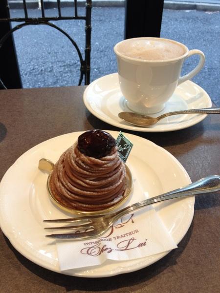 カフェ・シェリュイ(cafe Chez Lui)