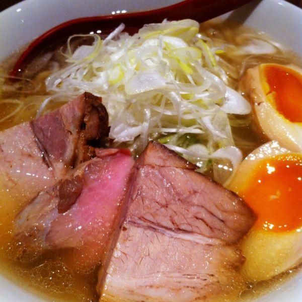 麺や 七彩(朝ラーメンあり)