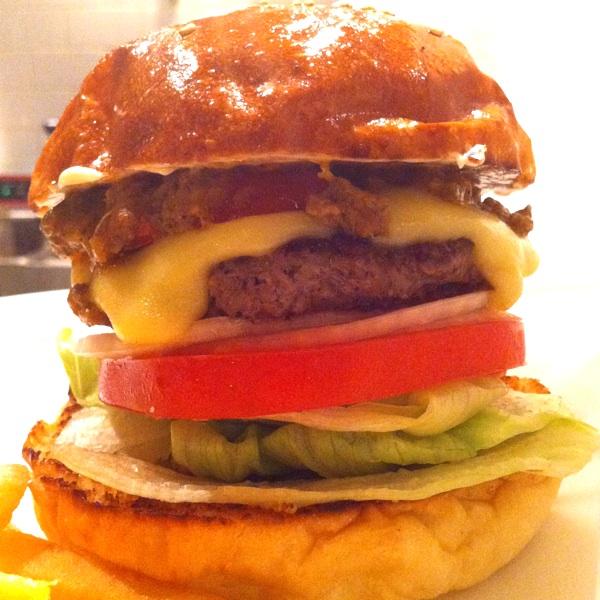 バーガーマニア 広尾店(Burger Mania)