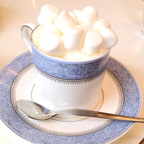 ぢんちょうげ「マシュマロとクリームの甘いコーヒー」