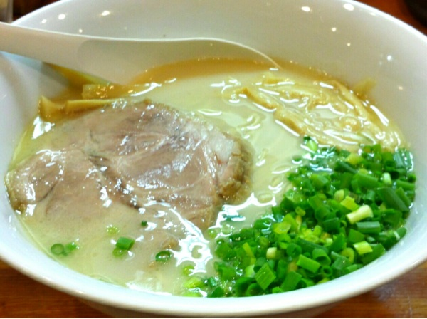 麺屋 菜々兵衛(ななべえ)