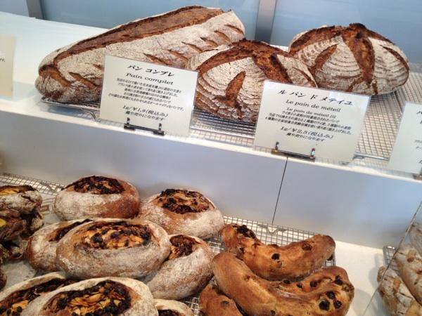 プレジールの自家培養自然酵母種で作る奇跡の味