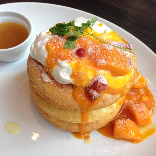 Cafe x Lounge MICROCOSMOS(ミクロコスモス)