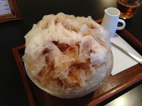 かき氷専門店:三日月氷菓子店