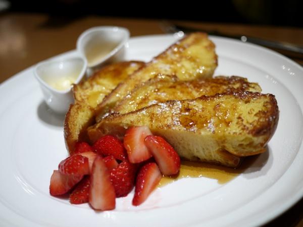 サラベス:フラッフィー フレンチトースト