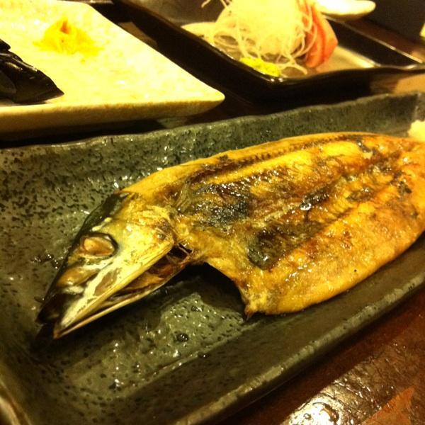 炭火磯焼き 魚よし