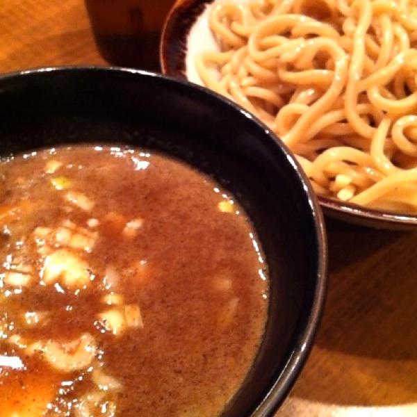 馳走麺 狸穴(マミアナ)