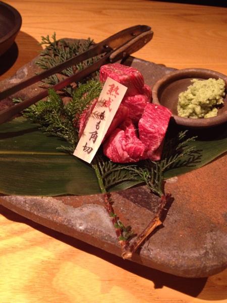 【但馬屋 千里】日本初、骨付き丸ごと一頭45日以上熟成。